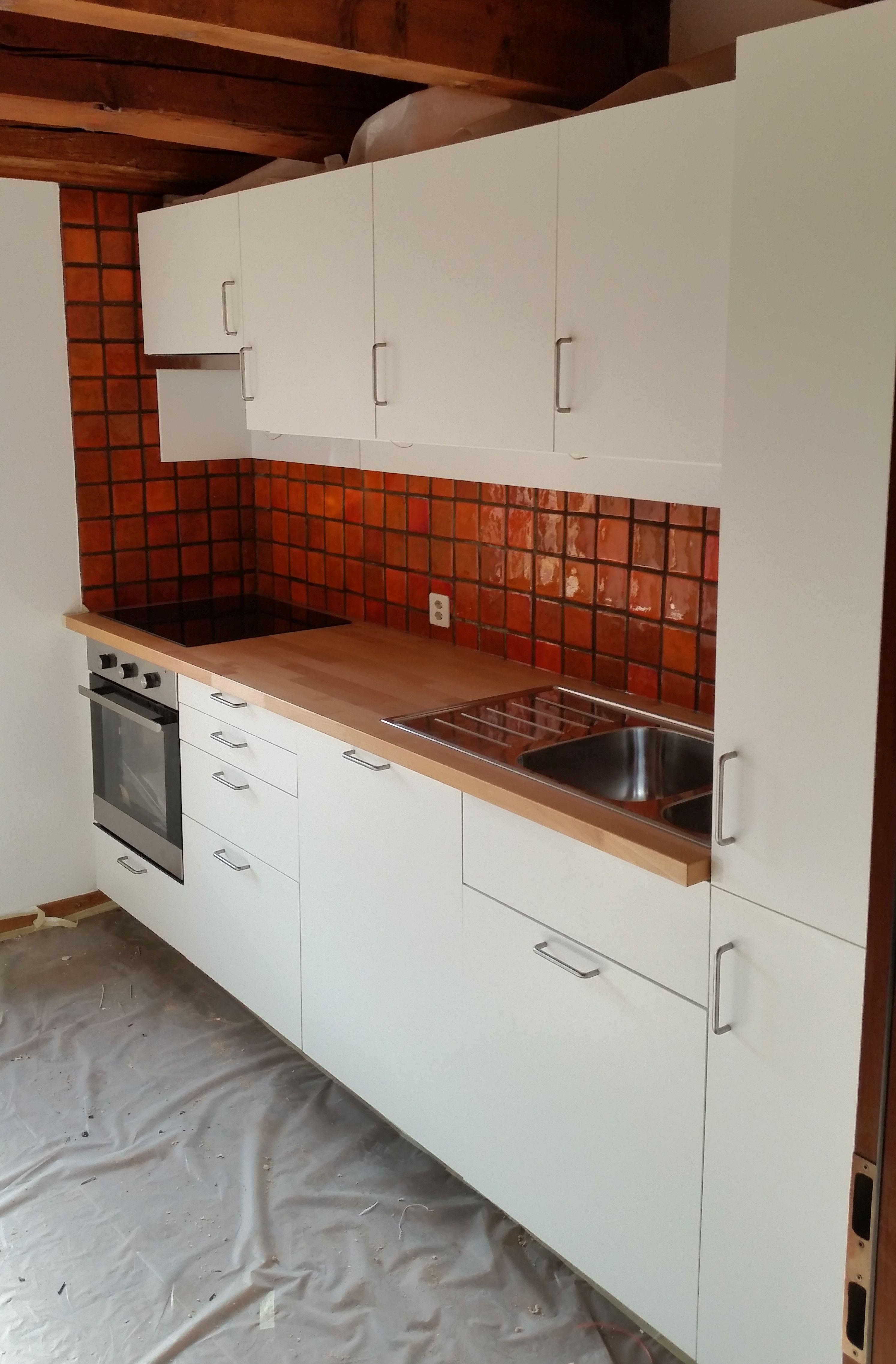 Deco pour cuisine moderne - Pose d une cuisine ikea ...